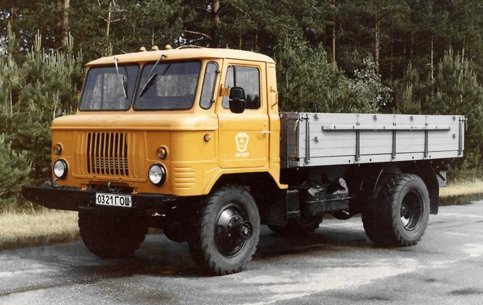 В результате инженерных экспериментов в июле 1964 года с завода ГАЗ сошел первый серийный 66-ой, наделенный 2-тонной грузоподъемностью и сбалансированным расположением центра тяжести.