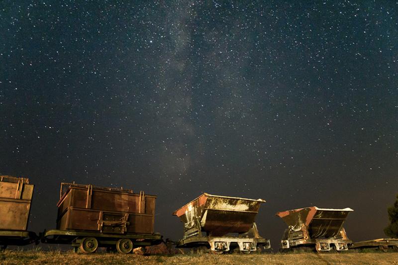 Старейший национальный парк Хортобадь в Венгрии Международная ассоциация темного неба удостоила «серебряной» награды. В безоблачном небе природоохранной территории площадью более 800 км² можно даже невооруженным глазом разглядеть некоторые «блуждающие звезды».
