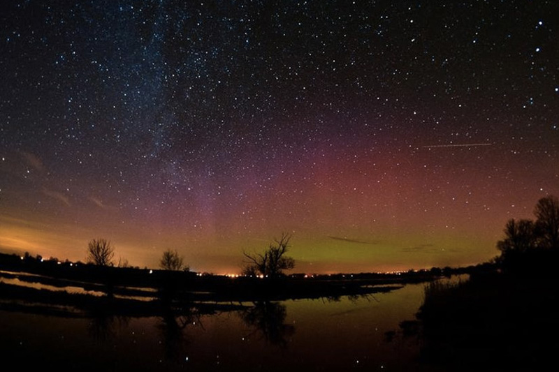 Небо над заповедником Вестхафелланд, расположенном в двух часах езды от Берлина, самое темное над Германией. В летние месяцы здесь можно увидеть такие астрономические явления, как зодиакальный свет и противосияние.