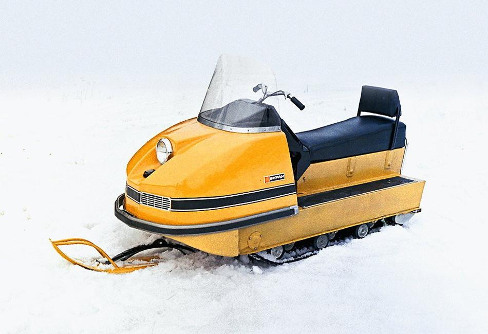 В феврале 1973 года Государственная комиссия приняла решение о серийном производстве «Буранов», и к концу года была выпущена первая тысяча снегоходов. На сегодняшний день произведено более 250 000 «Буранов» и его модификаций.