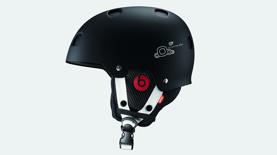 Шлем со встроенным наушниками Любители качественной музыки наверняка оценят это изобретение под названием «Receptor Bug» от шведской POC— горнолыжный шлем со встроенным наушниками Beats by Dre. Эти проводные наушники обеспечат качественно иной уровень звучания с более глубоким басом и громким звуком.