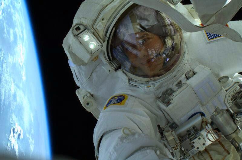 Астронавт НАСА и авиационный инженер Томас Машберн выложил это фото в своем твиттере 13 мая 2013 года во время своей последней миссии на МКС.