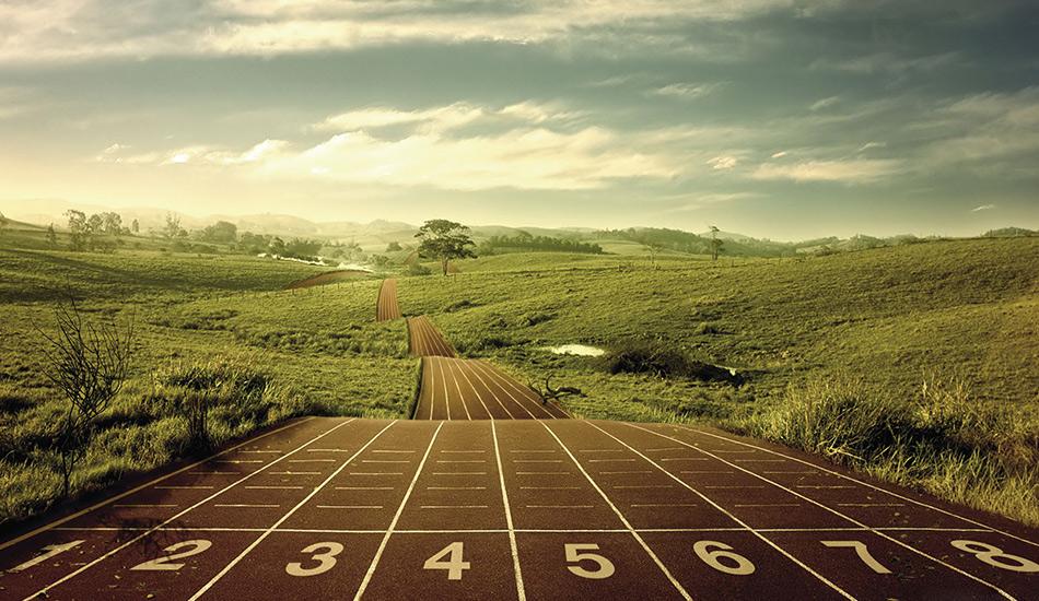 Будьте стойкими и последовательными Составьте такой план тренировок, придерживаться которого вы сможете на протяжении долгого времени. Если вы стабильно бегаете четыре дня в неделю, то вы сможете достигнуть 90% от эффекта, который дают ежедневные тренировки.