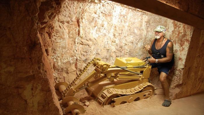 Многое подземные дома соединены с шахтами, поэтому на работу можно отправиться не выходя на поверхность.