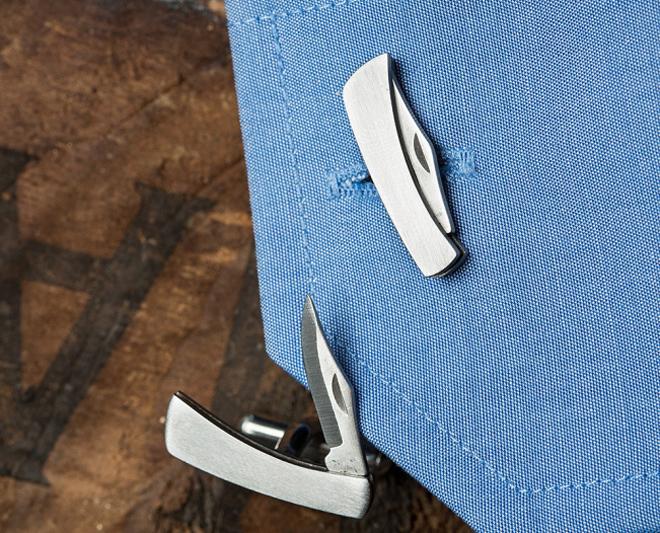 Hidden Knife Cufflinks Есть всего два совершенно необходимых плохому парню аксессуара. Первый — складной нож. На всякий случай. Второй — стильные запонки. Потому, что настоящие плохие парни — стильные парни. Hidden Knife Cufflinks одновременно решает обе проблемы.