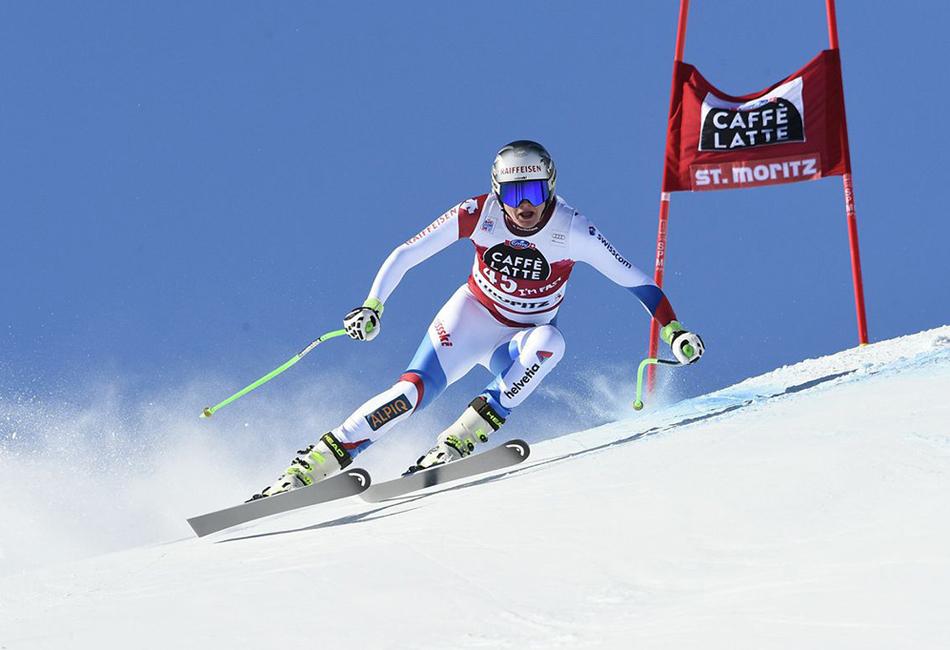 D-Air Ski одобрен для использования Международной федерацией лыжного спорта. Первые образцы были испытаны во время зимних Олимпийских игр в Сочи в 2014 году. Хотя аварийных ситуаций не возникло, участники лыжной сборной США выступали именно в этих защитных системах.