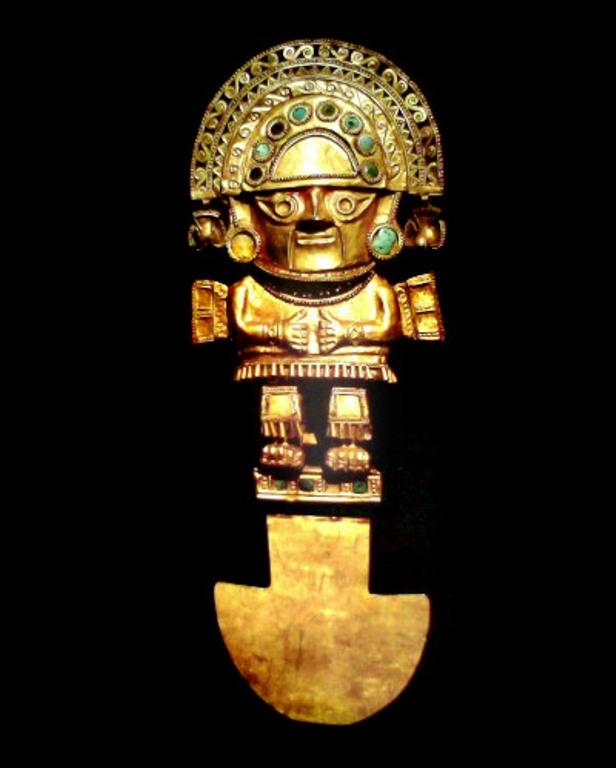 Туми Церемониальный нож туми использовался для жертвоприношений инкским богам. Так же как и у улу, у него характерное полукруглое лезвие. Туми изготавливался из бронзы, меди, золотых сплавов и серебра. Рукоятка изображает Найм Лапа, легендарного вождя одного из племен.