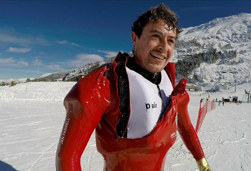 Серия тестов в Швейцарских Альпах показали эффективность защитного костюма в большинстве вариантов падения. Лыжник-испытатель Ян Фарелл испробовал систему в различных вариантах падений. Она показала высокий процент эффективности при самых сложных случаях.