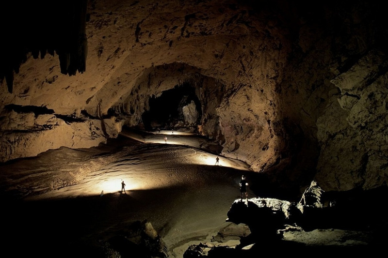 В пещере Крубера-Воронья еще остались неисследованные ответвления. Приведут ли они к новым рекордам или в тупик — пока неизвестно.