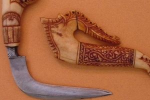 ancient-knife