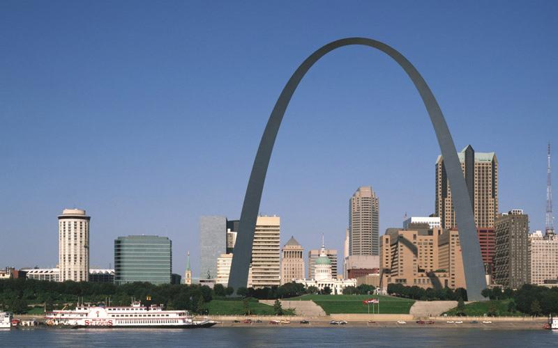 «Врата на Запад», Сент-Луис Арка «Ворота на Запад» установлена в городе Сент-Луис, столице штата Миссури, и является частью Национального мемориала Т. Джефферсона. Арка, высотой ровно 192 метра, стала самым высоким монументом США и своеобразным символом технического прогресса.