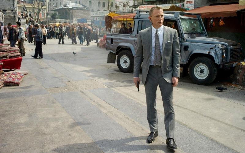 Бондиана Любой фильм про известного суперагента Джеймса Бонда способен пробудить страсть к путешествиям. Куба, Барселона, Стамбул – список мест, где смог побывать агент 007 покрывает практически весь земной шар.