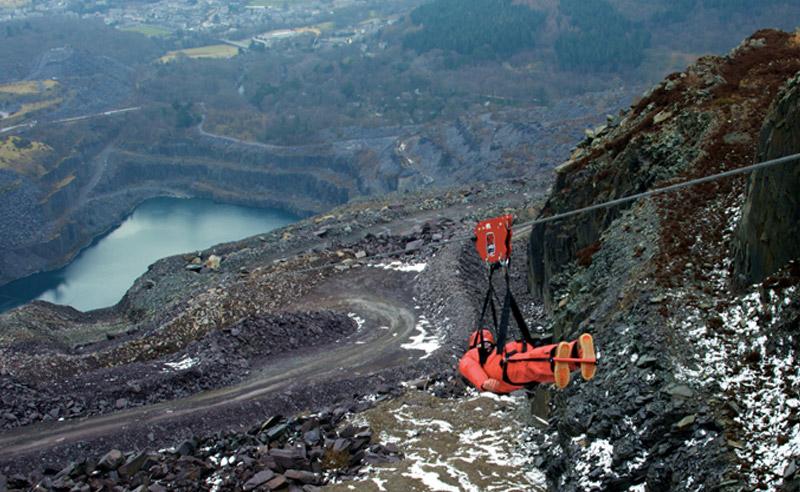 Бетесда, Великобритания Уэльс является родиной самого длинного зиплайна в Европе. Маршрут длиной 1800 метров экстремалы пролетают со скоростью до 159 км/час.