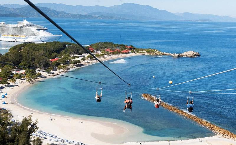 Лабади, Гаити В живописной бухте в окружении экзотической растительностью можно прокатиться на самом длинном в мире зиплайне над водой. Протяженность кабеля составляет 793 метра. Решившие полетать с ветером проносятся над бирюзовыми водами пляжами со скоростью 64 км/час.