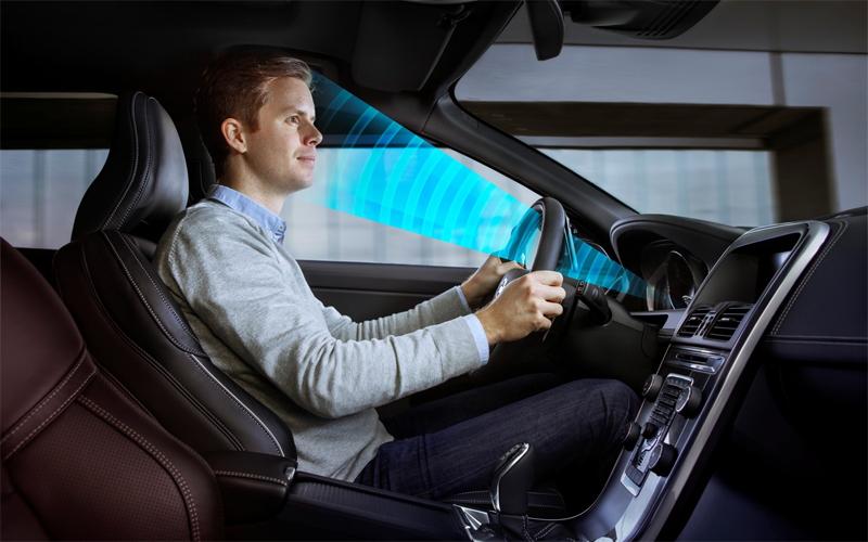 Фокусировка В нормальном состоянии, водитель должен с легкостью перевести взгляд на приборы и вернуть внимание на дорогу, сохранив информацию. Если для того, чтобы разобрать показания спидометра, вам пришлось скосить глаза не один раз, а два или три — останавливайтесь. Глаза уже не могут быстро сфокусироваться на одном предмете и сразу на другом.
