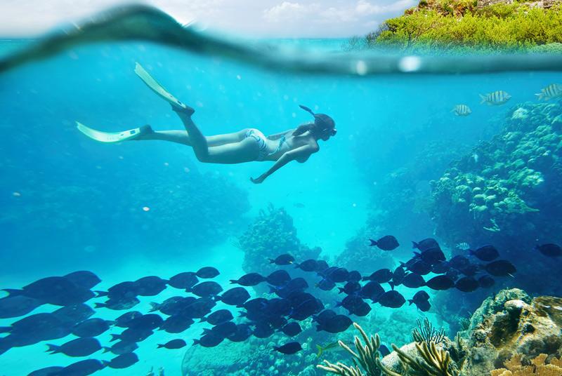 Тулум, Мексика Тулум – город древнего народа майя — привлекает туристов не только архитектурными достопримечательностями. Многие едут сюда лишь за тем, чтобы отдохнуть на пляжах с мелким песком и кристально чистой водой.