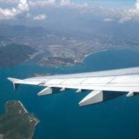 10 авиарейсов, где непременно нужно взять место у иллюминатора