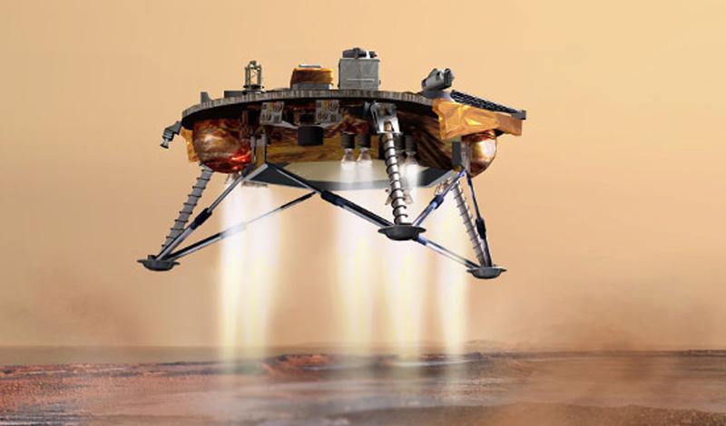 Колонизация Марса Проект полета на Марс появился в далеком 1959 году. Был он, как ни странно, вполне реализуем технически: трехместное межпланетное судно оснащалось всем необходимым для выживания людей. Не вызывал нареканий и ракетный блок, который должен был разогнать корабль до красной планеты. Предполагалось создать на околоземной орбите многомодульный корпус, откуда и был намечен старт космолета. Кроме того, инженеры советского бюро ОКБ-1 вполне серьезно рассматривали возможность спуска космонавтов и на поверхность планеты. Летные испытания вполне успешно проводились на орбите лунного посадочного модуля. Однако, руководство страны решило, что высадка на Луну — гораздо более перспективный проект, история с Марсом, без достаточного финансирования, оказалась просто забыта.