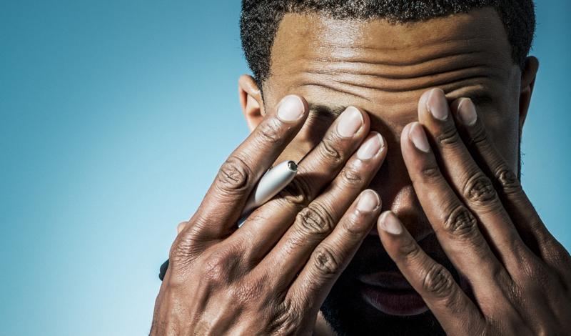 Стресс Стрессовое состояние мешает, очевидно, нормальному сну. Это, в свою очередь, ведет к повышению уровня стресса. Ограничение времени отдыха ведет к повышению уровня кортизола, который не зря маркируется «гормоном стресса».