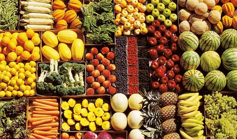 Фрукты и овощи Выбирайте фрукты и овощи с большим содержанием витаминов С и Е. Это мощные антиоксиданты, которые спасают легкие от воздействия свободных радикалов — они повреждают саму легочную ткань, снижая ее функцию.
