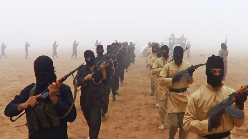 Сирия Первое место Действия боевиков в этой стране привели ее на первое место в печальном рейтинге самых опасных государств мира. По всей территории страны идут постоянные стычки с боевиками исламистских группировок, которые пытаются добиться полной власти в государстве. Террористическая группировка «Исламское государство» имеет все шансы на установление своего халифата, если Сирия не получит масштабной помощи со стороны высокоразвитых стран.