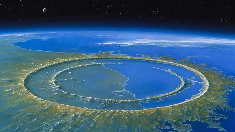 Чикшулуб Мексика В это небольшое, забытое всеми богами местечко, упал, по утверждению некоторых ученых, тот самый метеорит, который положил конец эпохе динозавров. Половина оставшегося после него кратера находится, в данный момент, под водой, другая же вполне доступна для исследователей. Местные жители предлагают завораживающие экскурсии по обеим частям кратера — что может быть более эпическим, чем прикосновение к истории нашей планеты!
