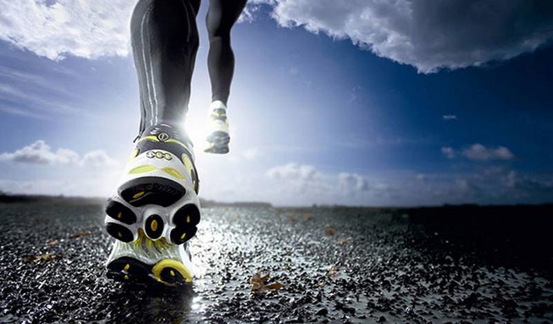 Кардиотренировки Матросы занимаются кардиотренировками минимум четыре раза в неделю, тратя на это около восьми часов. Упражнения постоянно меняются, чтобы тело не привыкало к нагрузкам. В обязательной программе значатся беговая дорожка, гребной и велотренажеры. Все это позволяет членам команды максимально повысить свою выносливость.