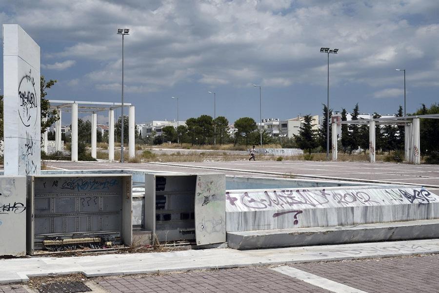 Медные трубы и другие фрагменты построек, представляющие ценность, стали расхищаться.