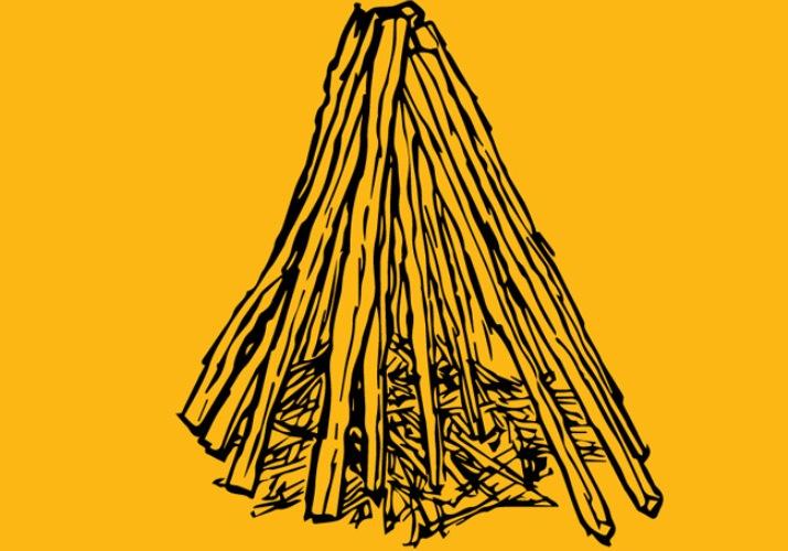 Костер «шалашиком» Найдите палку, толщиной с ваше запястье и длиной в руку. Желательно, чтобы она раздваивалась на конце – это необходимо для лучшей устойчивости. Вбейте палку в землю в центре вашего костра. Обложите центральную палочку трутом; если есть газеты, сверните их мячиком и тоже разложите вокруг центральной палочки. Начните строить стены шалаша: укладывать поленья необходимо под углом к основанию костра, так чтобы они опирались на центральную палочку или друг на друга. Подожгите трут и понемногу добавляйте растопку и дрова, по мере того как костер разгорается.