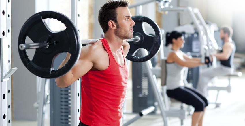 Силовые тренировки делают нашу повседневную жизнь проще. В процессе старения, мышечная масса человека неуклонно падает. Сопротивляясь этому с помощью силового тренинга, можно (и нужно) отдалить собственную старость. Или вам нравится перспектива ранней, веселой, наполненной лекарствами и тишиной пенсии?