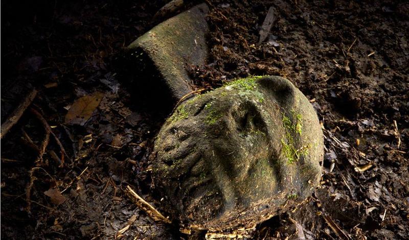 Вещественные доказательства Серхио Фрау и его команда уже предоставили несколько античных предметов, якобы поднятых со дна утонувшего государства. Фрау утверждает, что южная оконечность Сардинии выглядит будто утопленный давным-давно город. Это косвенно подтверждают и прошлые находки исследователей: еще в середине 20-го века в том же районе были обнаружены металлические инструменты, керамика и масляные лампы — предметы, которых еще не было в обиходе местных племен.