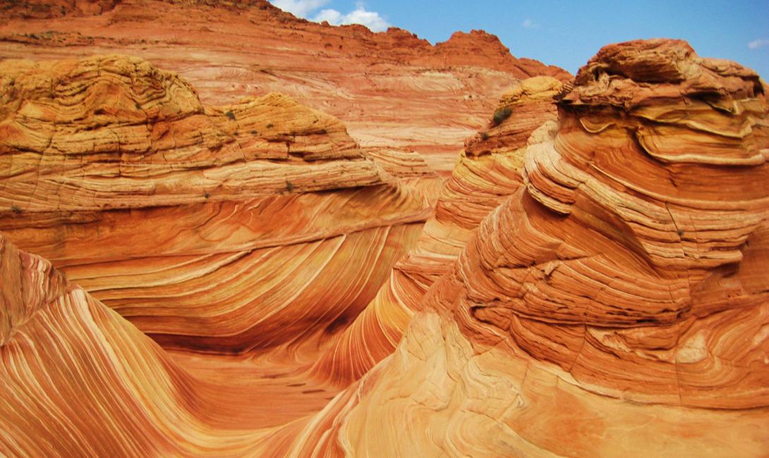 Каньон Волна США Уникальное чудо природы, каньон Волна представляет собой галерею, стены которой выложены из песка и скал.