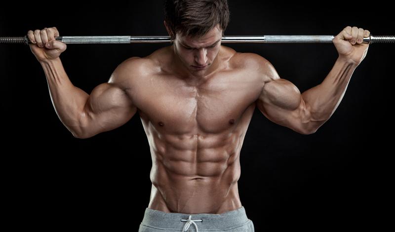 Работа на плечи Развитые мышцы плеч помогут вам работать с большим весом, а значит — наращивать массу быстрее и лучше. Включайте упражнения на эту часть тела хотя бы в две из трех тренировок. Месяца должно хватить для развития хорошего уровня выносливости.