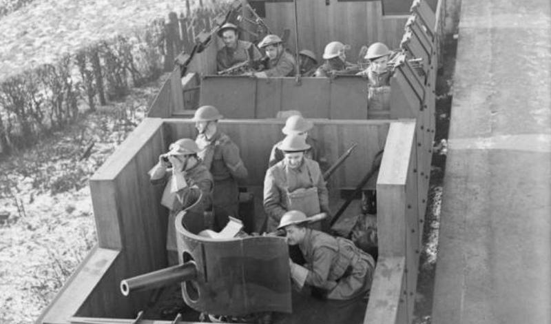 Поезда, которые предназначались для транспортировки личного состава армии, были укреплены как настоящие крепости.