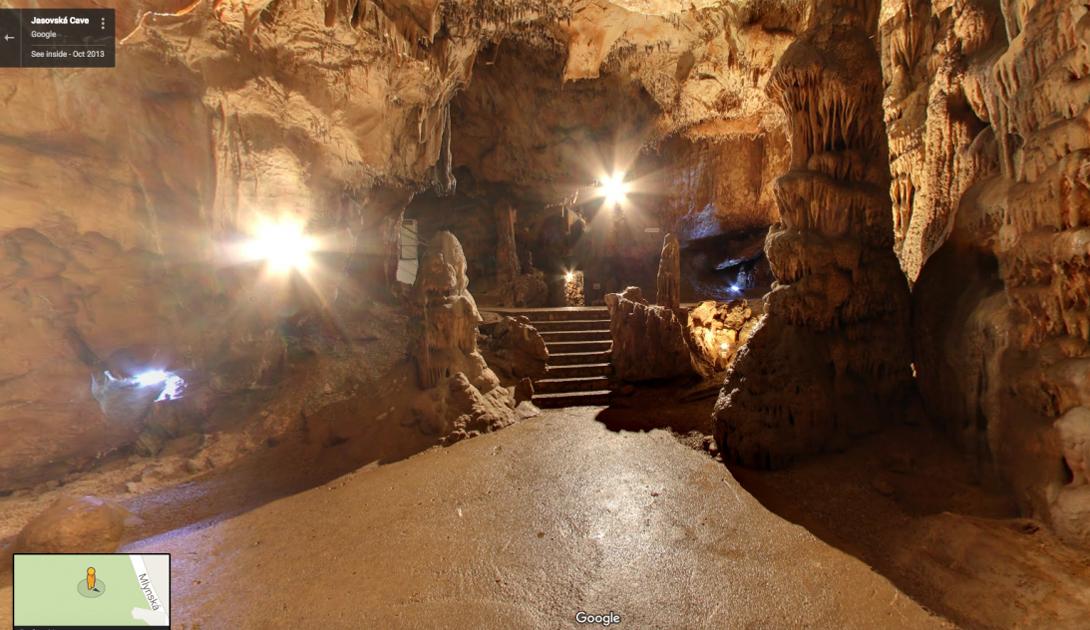 Ясовская пещера является объектом всемирного наследия ЮНЕСКО, а Google Street View позволяет насладиться ее красотой из любой точки мира.