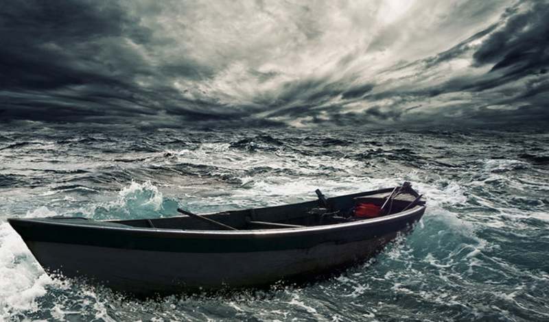 Начало пути 37-летний житель Сальвадора, Хосе Альваренга отправился в море на обычную однодневную рыбалку. Компанию ему составил молодой парень, не так давно начавший заниматься рыболовным промыслом. Эта история закончилась спустя целый год — год, который стоил одному из ее участников жизни, а второму — семьи и рассудка.