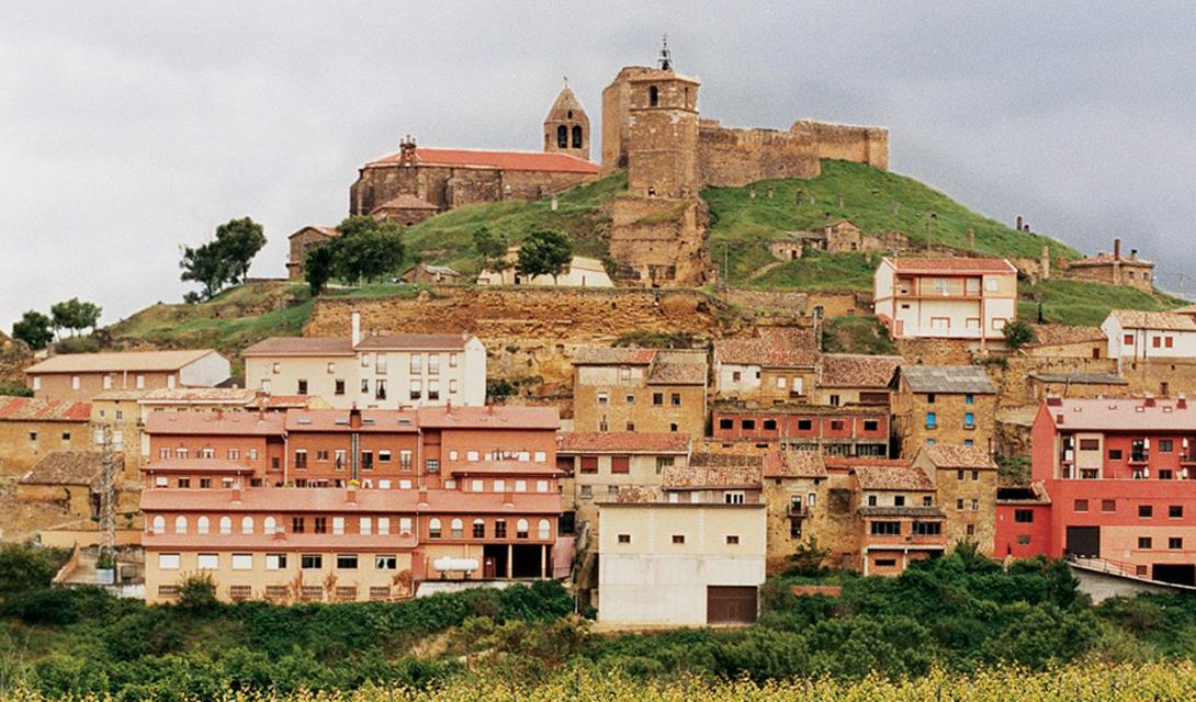 Испания Мадрид вполне достоин стать отправной точкой для длительного путешествия по величественной Испании. Архитектура Севильи и Барселоны, скрытые в горах монастыри, дружелюбие местных жителей — перечислять достоинства этой страны можно бесконечно.