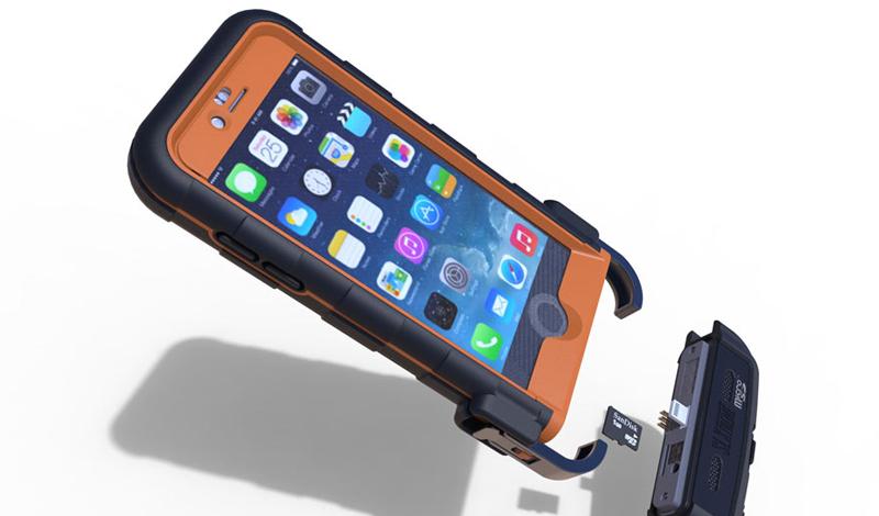 SnowLizard SLXtreme Модель: iPhone 5s/iPhone 5Стоимость: 7 300 р. Довольно высокая стоимость аксессуара объясняется встроенным аккумулятором на 2500 мАч и солнечной батареей, расположенной на спинке чехла. С защитой здесь тоже все в полном порядке: смартфон будет работать на глубине до двух метров, падать на бетон и валяться в снегу без малейших для себя последствий. Если вы, конечно, наденете на него вышеописанный чехол.