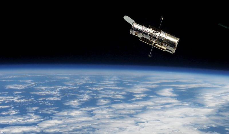 Проект «Война в космосе»Период холодной войны был напряженным противостоянием стран не только на Земле, но и в космосе. Представители Советского Союза серьезно опасались за сохранность своих секретных спутников: США, несомненно, имели все средства для их уничтожения. Примерно в начале 1960 года инженерам бюро Александра Нудельмана была заказана разработка новейшего вооружения, способного на работу в открытом космосе.