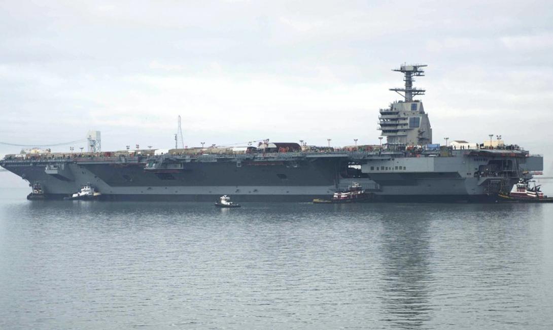 USS Gerald Ford Стоимость: $ 13 млрд Самой дорогой военной техникой мира стал, по праву, авианосец «Джеральд Форд», чьи внушительные габариты проходят вне зоны внимания радаров противника благодаря специально разработанной стелс-технологии. Этот монолитный бог войны способен запускать 220 самолетов в сутки — такую «пропускную» способность обеспечивают две взлетно-посадочные полосы и целых пять тысяч членов экипажа.