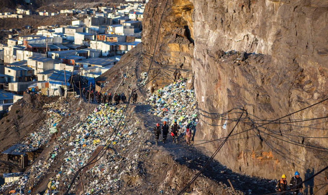 На такой большой высоте у многих возникают проблемы с дыханием. Жители Ла-Ринконада к нему уже привыкли, а вот туристы нередко падают в обморок.