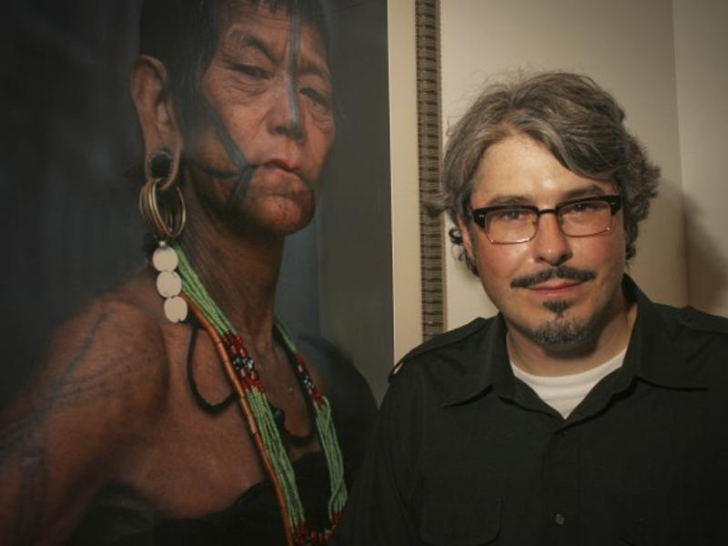 Опубликованная в прошлом месяце работа Ларса Крутак опровергает первоначально заявленный возраст мумии из Чили. Ларс, выполняющий обязанности научного сотрудника в отделе антропологии Национального музея Смитсоновского института естественной истории, уверен, что старейшая татуировка в мире принадлежит Эци.