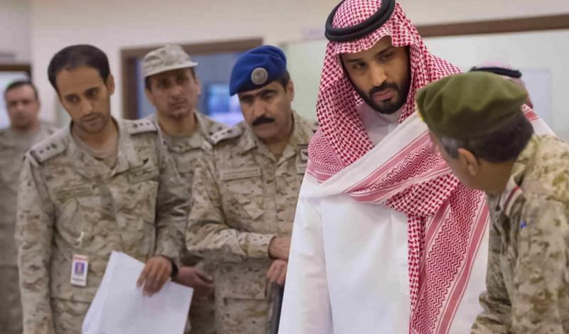 Если Мухаммед бин Салман, этот блестящий, дерзкий молодой человек и в самом деле видит себя суннитским воином, наследником дела собственного деда, то ничего хорошего мир не ждет. Вооруженная конфронтация суннитской Саудовской Аравии против шиитского Ирана приведет к очередной эскалации конфликта в регионе, уже и без того горящего пламенем сектантской войны.