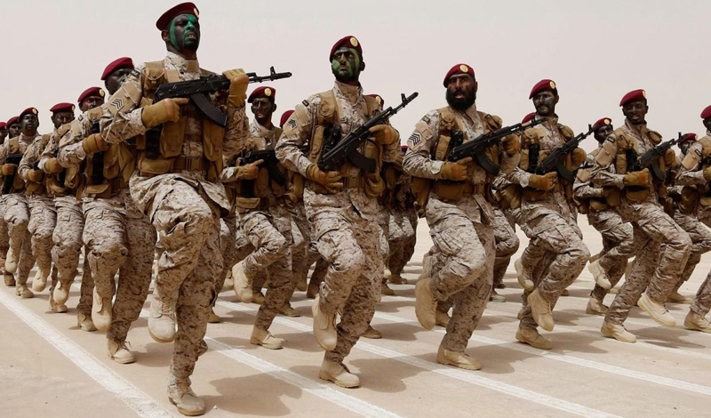 Это, должно быть, казалось очень хорошей идеей в то время: молодой, амбициозный сын короля, ведущий войну против повстанцев на неспокойной территории южного соседа. Восстание было поддержано Ираном, что сделало «приключение» еще более привлекательным.