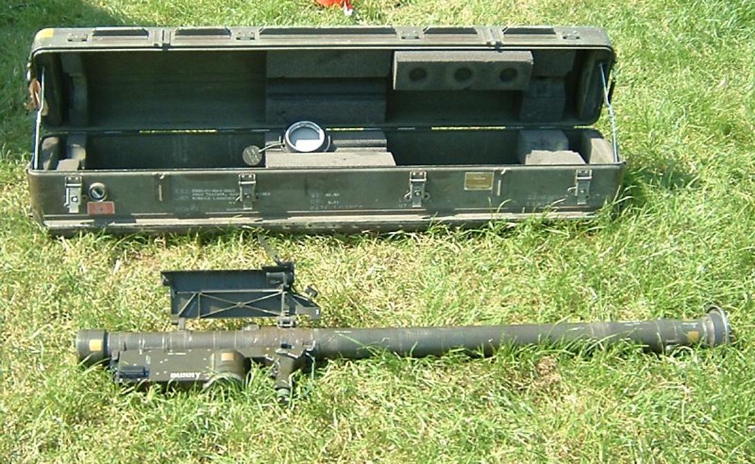 ПЗРК FIM-92 Stinger ПЗРК Stinger предназначен для поражения низколетящих воздушных целей противника. «Стрингеры», оснащенные системой инфракрасного захвата цели, крайне опасны в руках джихадистов.