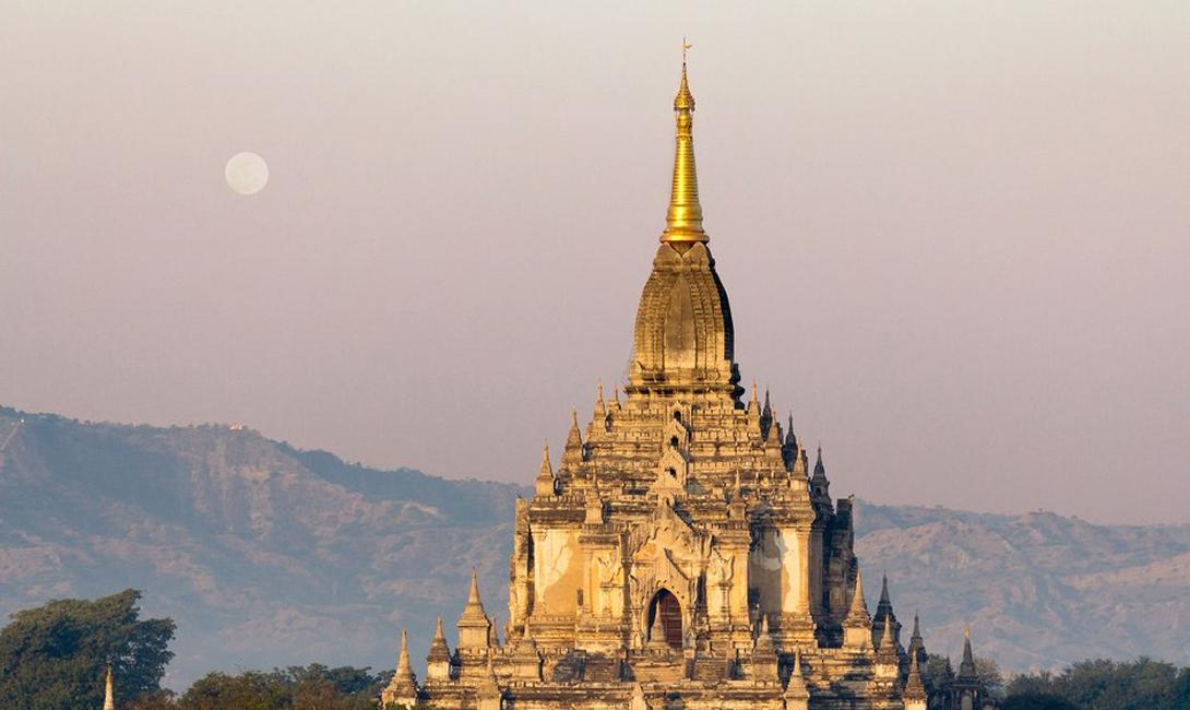 Храм Гавдавпалин Баган, Мяьнма Одна из самых красивых достопримечательностей во всей Мьянме. Этому величественному храму уже больше восьмисот лет!