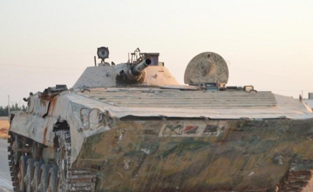 БМП-1 ISIS, как полагают, захватили 20 боевых машин пехоты. Введенный в эксплуатацию в конце 1960-х БМП-1 был впервые использован в бою во время войны Судного дня. В БМП-1 может поместиться восемь пассажиров вместе с тремя членами экипажа. Вооружение — полуавтоматическая 73-мм пушка и пулемет калибра 7,62-мм.