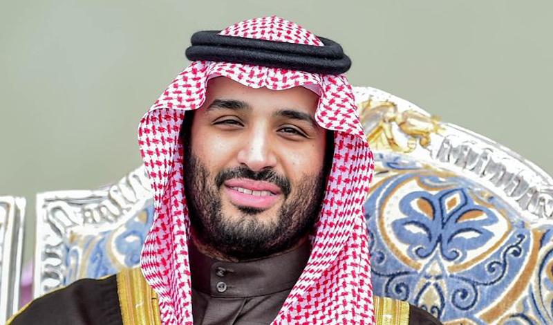 Критики утверждают, что он накопил огромное состояние — по крайней мере, это было бы очень легко сделать, учитывая всю безграничность его власти. Салман взошел на трон Саудовской Аравии в январе прошлого года. Он был уже очень болен и во многом полагался на сына. В возрасте 79 лет Салман страдает от слабоумия и в состоянии сконцентрироваться только на несколько часов в день. Как ближайший доверенный отца, Мухаммед получил реальную власть в королевстве.