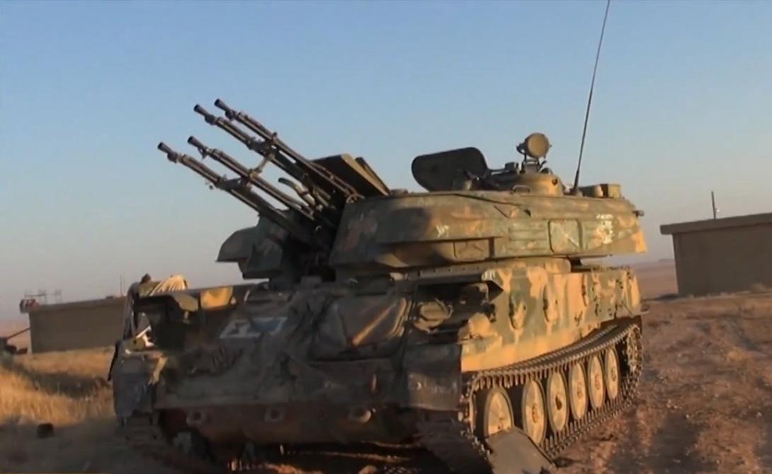 23 мм ЗСУ-23-4 «Шилка» ISIS имеет по крайней мере пару самоходных зенитных установок «Шилка». Предполагается, что эти машины были захвачены в арсеналах сирийской армии.