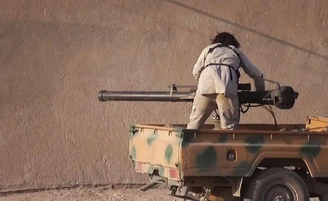 Безоткатная пушка М40 Считается, что ISIS имеет одну пушку M40. Она, по некоторым данным, попала в эти края в качестве заморской поддержки повстанцев — а уж от них к джихадистам.
